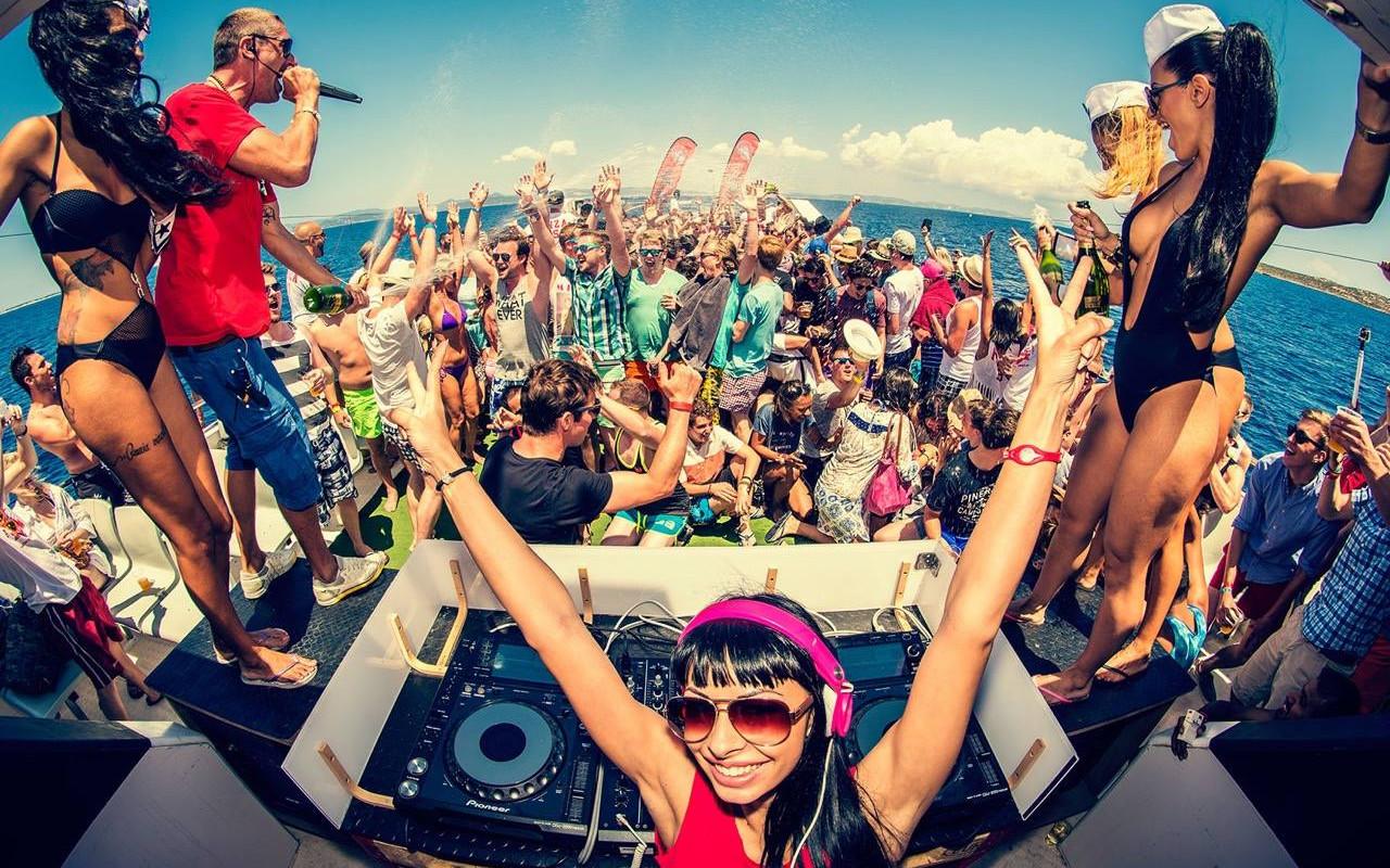 Vacanta Ibiza | Vacanta de grup Ibiza | PartyTrip Ibiza