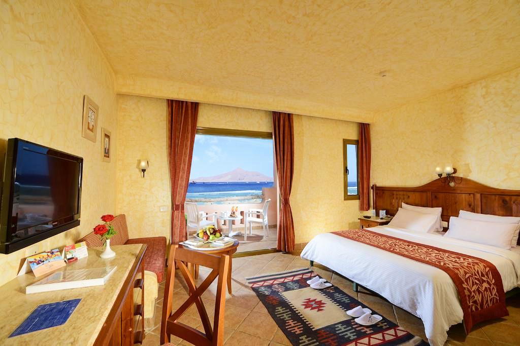 Hotel-Charmillion-Sea-Life-Resort-Sharm-El-Sheikh-Egipt-Party-Trip-10