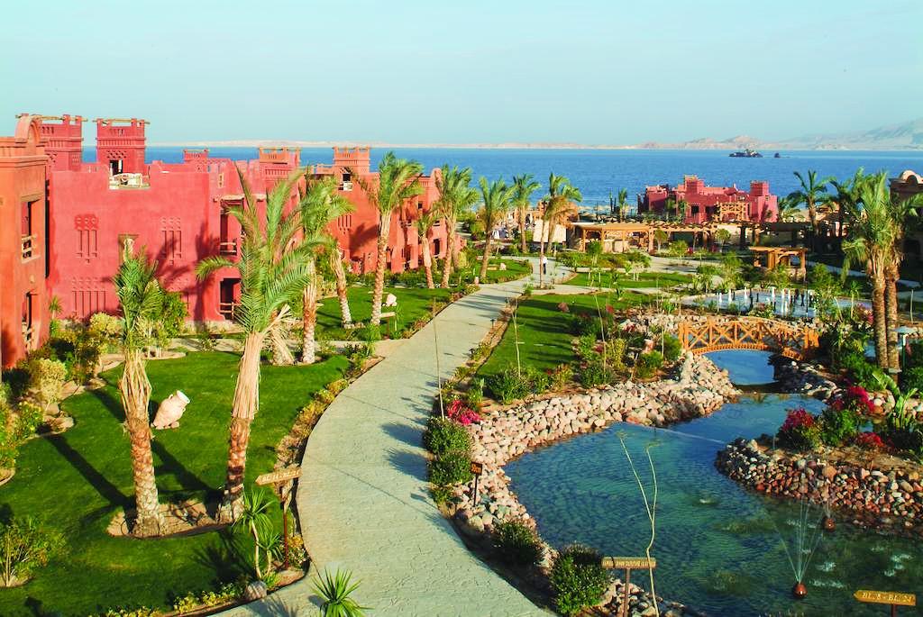Hotel-Charmillion-Sea-Life-Resort-Sharm-El-Sheikh-Egipt-Party-Trip-7