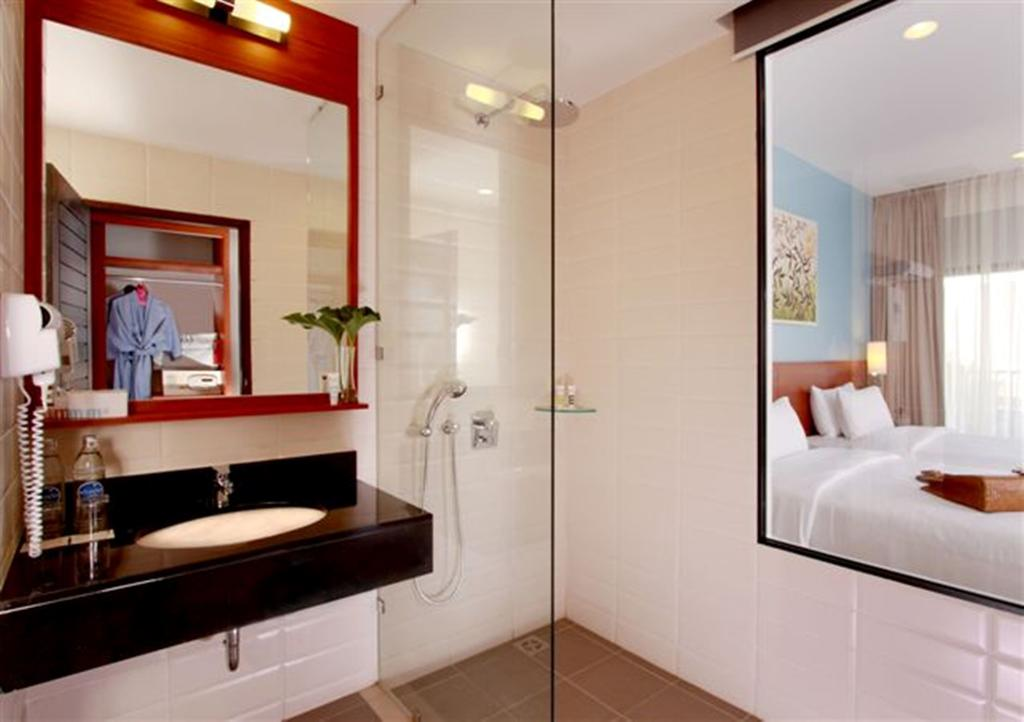 Deevana Plaza Krabi bathroom by Party Trip Travel Agency