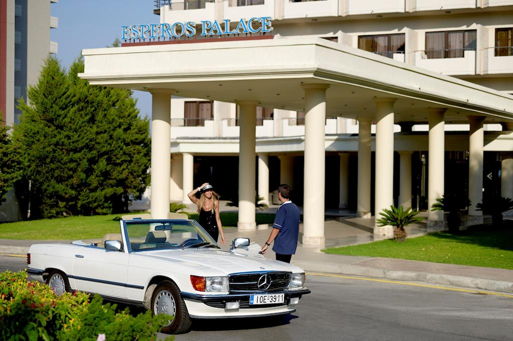 Esperos Palace Resort entrace view by Party Trip Romania