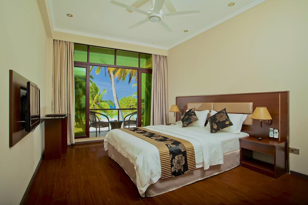Kaani Beach Hotel room view by www.partytrip.ro
