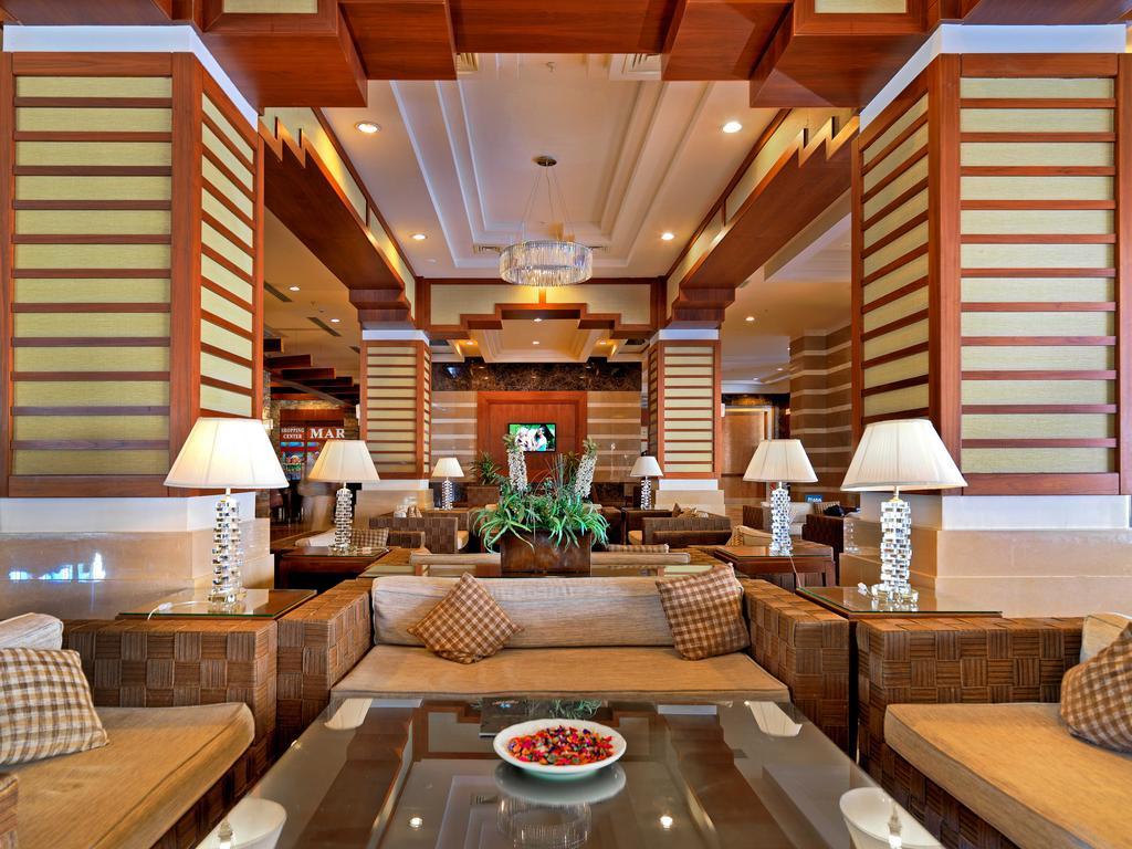 Vacante Antalya la Crystal De Luxe Resort & SPA